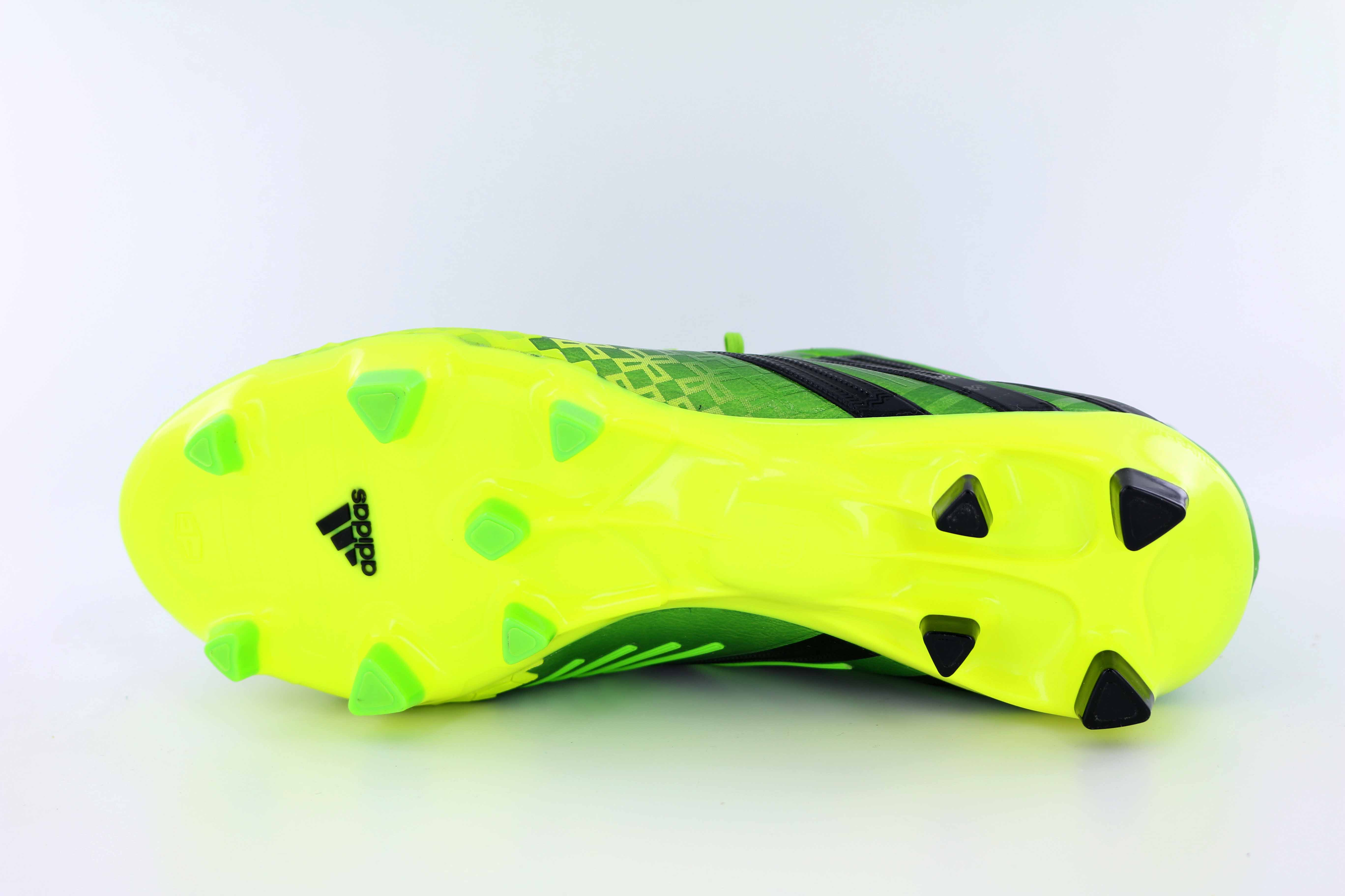 new styles 3e9e3 75349 adidas-Predator-LZ-TRX-FG-Model-Q21663-Men